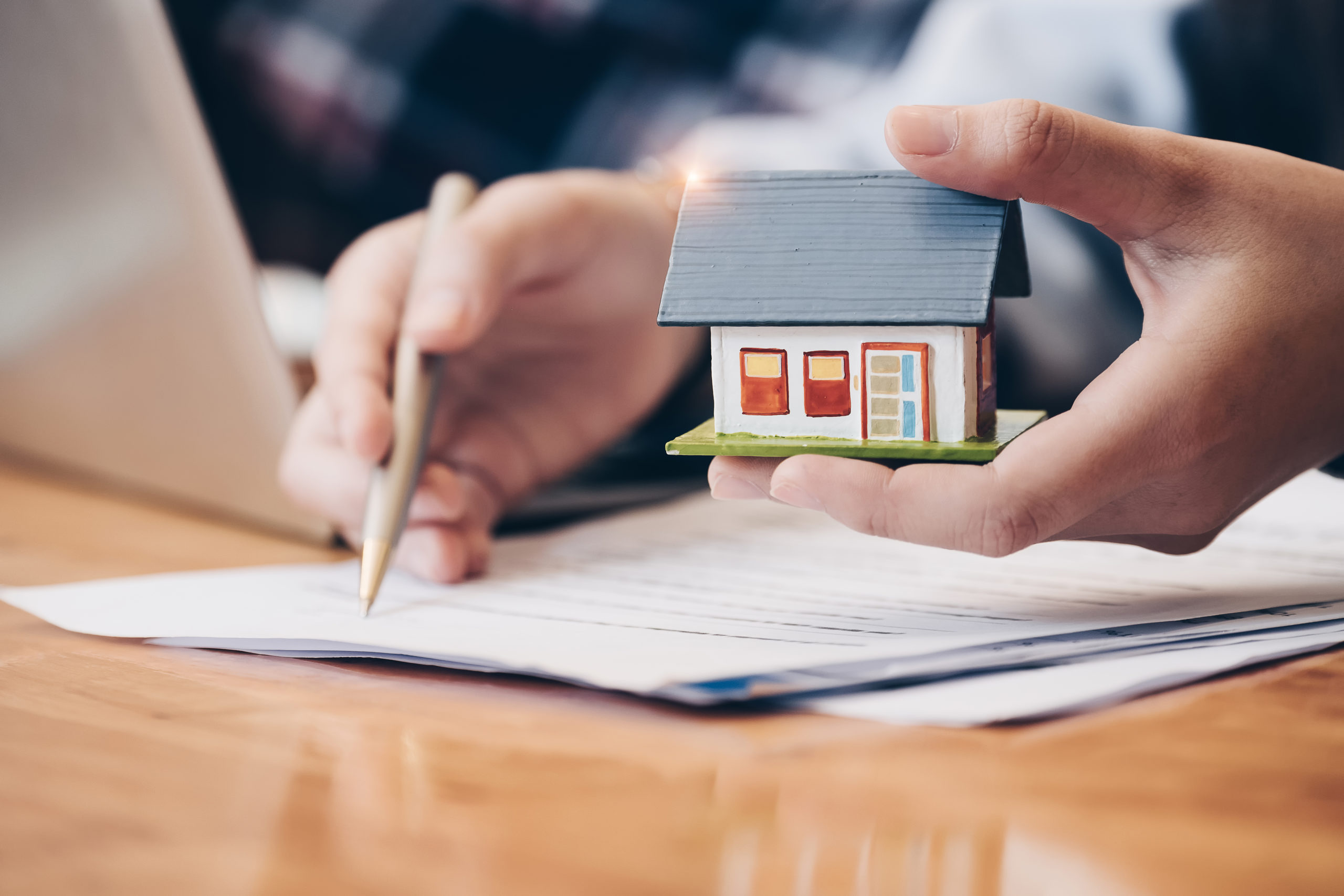 BECOMING A DOMINANT LISTING AGENT